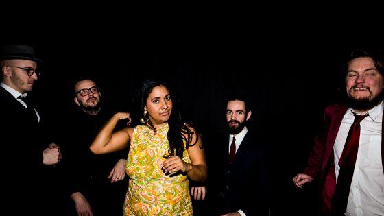 Kristin Amparo & Combo de la Musica